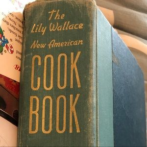 Vtg. 1949 The Lily Wallace New American Cookbook